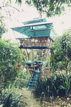 Tropical Tree House in Rincon, Puerto Rico Puerto Rico, Beautiful Islands, Beautiful Places, Woodland House, Play Houses, Tree Houses, Rico Design, Beach Bungalows, Construction