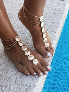GypsyLovinLight wearing the Matisa Foot Piece