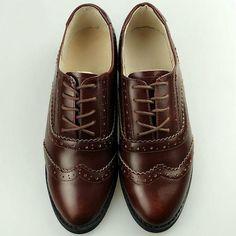 Women Leather Designer Shoes Vintage Flat Round Toe