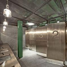 new heights restaurant shanghai  :: gender neutral bathrooms