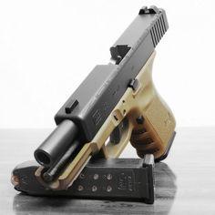 Glock 23 FDE by Zorin Denu