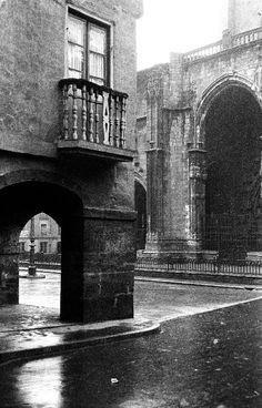 Galería de imágenes de Adolfo Arman - Ayuntamiento de Oviedo Brooklyn Bridge, Spain, Artwork, Photography, Travel, Town Hall, Oviedo, Antique Photos, Monuments