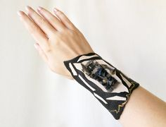 Wide leather cuff in black and ivory beige with lace and industrial nail / Steampunk couture style / Funky wrist cuff / Leather armband Shopping Center, Shopping Mall, Online Shopping, Handmade Art, Handmade Jewelry, Unique Jewelry, Handmade Gifts, Steampunk Couture, Fashion Sites