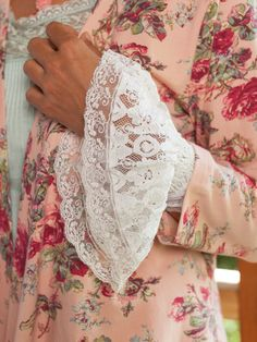 The perfect way to add a touch of Victorian fancy and originality to jackets and long sleeved garments, the Lace cuff also makes a wonderful gift for someone with an appreciation for turn-of-the-century aesthetics and detailing. Made in finely embroidered heirloom quality lace.