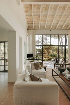 40 Living Room Home Decor To Have This Year #livingroom #decor #hus #sommerhus