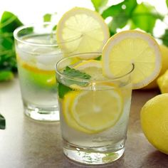 Top 5 Health Reasons To Drink Lemon Water