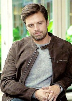 Sebastian Stan gif 3/4 I love your smile..