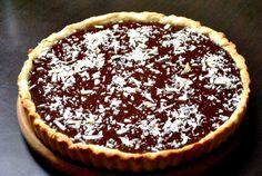 Tarta cu ciocolata/Chocolate Tart by Adi Hadean ~:P Good Food, Favorite Recipes, Sweets, Drinks, Magick, Pie, Drinking, Beverages, Gummi Candy