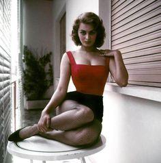 Model sitting pose