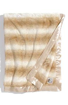 Softest thing ever: Giraffe blanket