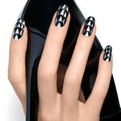 'Sky high' nail art by essie