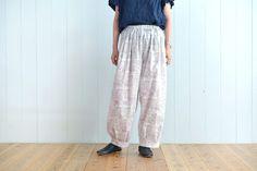 タック入りサーカスパンツの製図・型紙と作り方 | nunocoto fabric Linen Pants, Harem Pants, Fabric, Fashion, Tejido, Moda, Harem Trousers, Tela, Fashion Styles