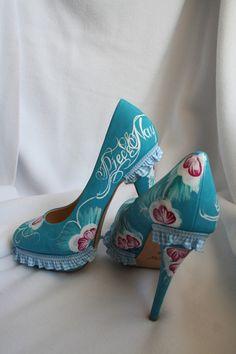 Sexy High Heels...    Laufen sich echt sehr gut...diese sind natürlich ungetragen...    Wie immer Eizigartig und kein zweites Mal zu finden auf dieser
