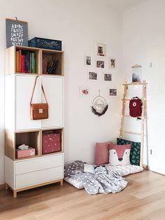 Ikea Playroom, Ikea Kids Room, Ikea Bedroom, Knopparp Ikea, Ikea Eket, Tiny Living Rooms, Little Girl Rooms, Kid Spaces, Boy Room