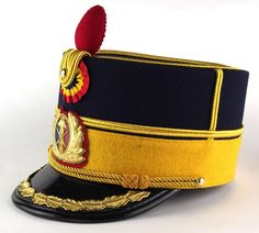 Dress uniform kepi of the Romanian Army Honor Guard Regiment. Military Cap, Military Uniforms, British Army Uniform, Army Hat, Honor Guard, Peaked Cap, Headgear, Headdress, Captain Hat