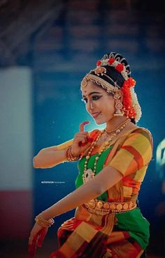 Indian Classical Dance, Indian Music, Dance Poses, Dance Art, Dance Dresses, Costume Design, Cinema, African, Design Inspiration