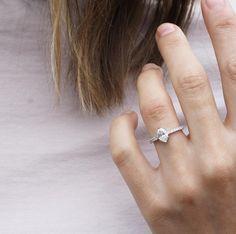 Jewelry Tattoo, Heart Ring, Jewels, Engagement Rings, Tattoos, Instagram Posts, Accessories, Tech, Wedding Ideas