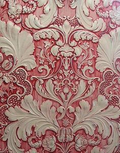 Lincrusta Decorative Effects Subtractive Texturing DETAILS: How to achieve this effect Using water-based paints, apply red paint to white acrylic primer base coat. Drag and wipe to create cream highlight coat.