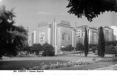 (Postal de Ant.º Passaporte no archivo municipal.) Portugal, One Kings, Historical Photos, Lisbon, Fountain, The Neighbourhood, Street View, Painting, Vintage