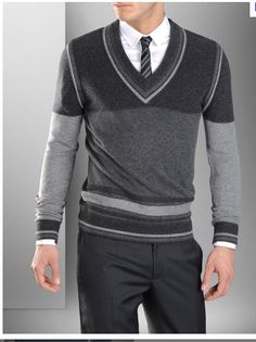 0601 - Everything About Knitting Mens Winter Sweaters, Gents Sweater, Crochet Men, Winter Outfits Men, Winter Clothes, Tie Shoes, Knit Shirt, Men Looks, Knitwear