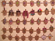 Recycled Dreidel garland-Cute!