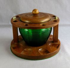 VINTAGE WALNUT WOOD 8 PIPE DISPLAY STAND w NATONAL POTTERIES GREEN GLASS TOBACCO JAR