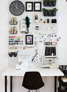 Creative Wall Organizers Purchase a trusty peg board from your local hardware store and hang it on the wall in your office or craft room to create a fully customizable organizational system for all those things you need at your fingertips.  (photo source: A Beautiful Mess)