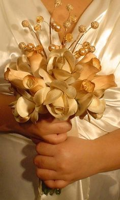 Gold Wedding Flowers