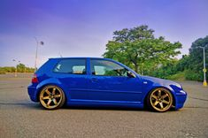 VW Golf rocking the grids
