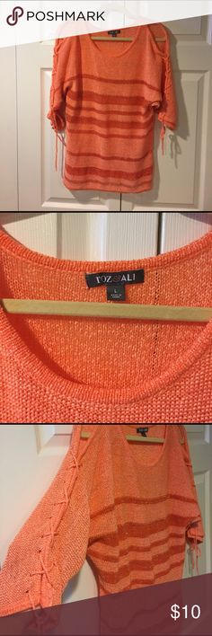 Cute sweater with shoulder cut outs Adorable sweater with shoulder cutouts and string up 3/4 sleeves roz & ALI  Sweaters Crew & Scoop Necks