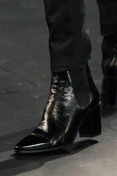 high heels boots for men Smart Business Casual, Smart Casual Men, Smart Casual Outfit, Mens Heeled Boots, High Heel Boots, Mens High Boots, Men's Shoes, Shoe Boots, Shoes Men
