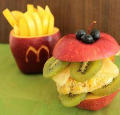 salade de fruits originale-pommes frites et hamburger McDonalds sains