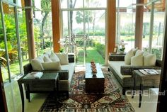 Single house in compound -  Houses for Rent located on Sukhumvit area, Bangkok.