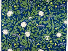 Gorgeous piece of floral fabric: looks a bit like William Morris