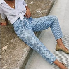 #streetstyle #fashionista #fashionblogger #styleinspiration #stylegoals #whiteshirt