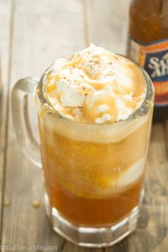 A delicious pumpkin oktoberfest float recipe that satisfy a pumpkin and a sweet tooth! A family-favorite seasonal float!