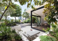 rooftop garden terrace | CO-AP creates rooftop oasis for a Sydney penthouse