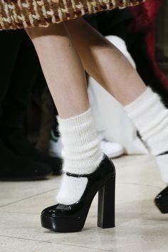 Miu Miu Fall 2018 Ready-to-Wear Fashion Show Miu Miu Fall 2018 Ready-to-Wear Collection – Vogue Dr Shoes, Sock Shoes, Me Too Shoes, Shoe Boots, Miu Miu Shoes, Shoes Sandals, Look Fashion, Fashion Shoes, Autumn Fashion