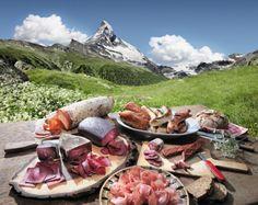 Mostbröckli vor Matterhorn - Swiss fast food :)