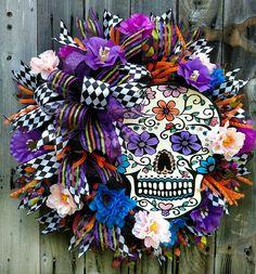 Sugar Skull Wreath Halloween Wreath Skull Catrina Day by LeWreath halloween wreaths Halloween Door Wreaths, Diy Halloween Decorations, Holidays Halloween, Halloween Crafts, Sugar Skull Crafts, Sugar Skull Decor, Sugar Skulls, Deco Mesh Wreaths, Holiday Wreaths