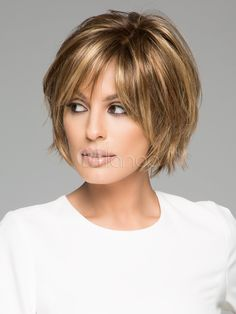 New Bob Haircuts 2019 & Bob Hairstyles 25 Bob Hair Trends for Women - Hairstyles Trends Short Hair With Bangs, Short Hair With Layers, Short Hair Cuts For Women, Long Bangs, Short Hairstyles For Women, Hairstyles With Bangs, Cool Hairstyles, Short Haircuts, Hairstyle Hacks