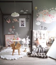 Tones of grey, pink and white - our favourite at Liv & Primrose HQ ➡️ shop now for the most beautiful - cloud mobiles - play mats - schmooks art work and schmooks wall decals ➡️ www.livandprimrose.com #dreamy #love #nurserydecor #kidsdecor beautiful pic cred @andrealingjerde