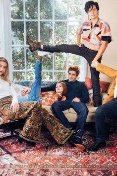 Riverdale Stars Talk Season 2 Spoilers in This Exclusive Photo Shoot Teen Vogue Kj Apa Riverdale, Riverdale Netflix, Riverdale Aesthetic, Riverdale Funny, Riverdale Memes, Riverdale Spoilers, Riverdale Season 1, Betty Cooper, Teen Vogue
