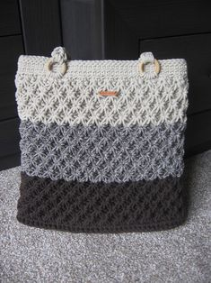 Kabelka háčkovaná šňůrová béžovohnědá / Zboží prodejce sonseb | Fler.cz Monogram, Michael Kors, Tote Bag, Pattern, Bags, Totes, Monogram Tote, Handbags, Carry Bag