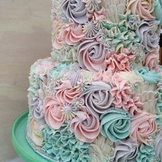 "864 Likes, 23 Comments - milk and water baking co. (@milkandwaterbakingco) on Instagram: ""buttercream dreams ☁️"""