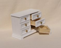 Popular  scale Miniature Dollhouse Dresser Chest of drawers for inch doll