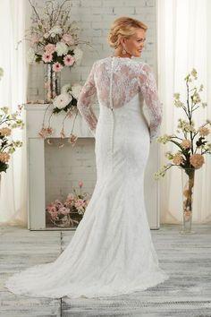 """Robe de mariée grande taille  Robe """"1510"""", prix sur demande, jusqu'au 60, Bonny Bridal en vente sur mariage-soleil.com."""