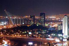Capital: Ciudad de México. Superficie: 1.972.550 km². Población (2011): 114 millones. Densidad de población (2011): 58 hab/km². Índice de desarrollo humano ...