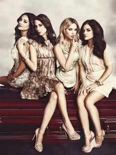 Image discovered by ❃ᴀʟᴇxᴇ❃. Find images and videos about pretty little liars, pll and ashley benson on We Heart It - the app to get lost in what you love. Gossip Girl, Jodie Foster, Preety Little Liars, Shadowhunters, Spencer Hastings, Ashley Benson, Entertainment Weekly, Film Serie, Celebs
