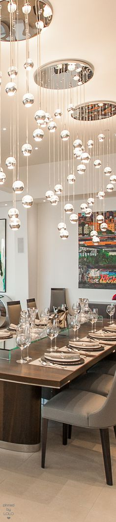 Modern Dining Beverly Hills, CA.